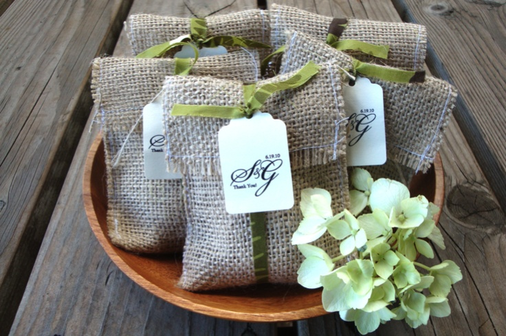 cute cute diy burlap favor bags