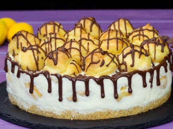 Tort pentru Paste – Tort Ecler – cel mai delicat si delicios tort cu eclere, merita neaparat sa-l pui in topul dulciurilor preferate