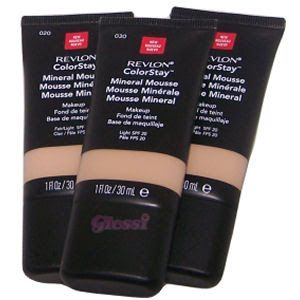 Four best foundation for oily skin/Best foundation for acne prone skin