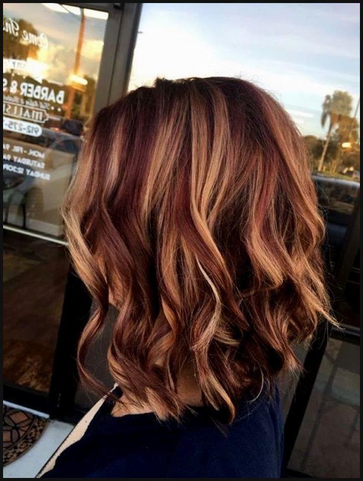 Einzigartig Blonde Haare Mit Roten Strahnen Muster Beste Bob Einfache Frisuren Kurzhaarf Haarfarben Schone Frisuren Mittellange Haare Haarschnitt
