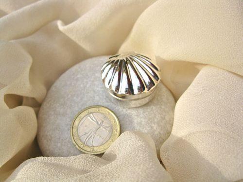 Sterling silver scallop shell keepsake