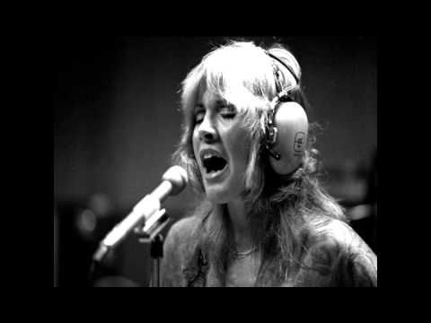 Fleetwood Mac - Silver Springs (Ballad Version) - 1976  What in the world is it about this? Completely touches me? <3
