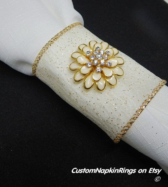 GLAMOUROUS CREAM w/GOLD Fleck Wired Wedding by CustomNapkinRings