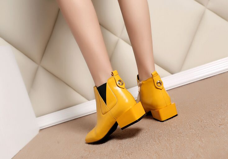 Square head with Martin boots in leather shoes with square leather boots female boots yellow_Boots_Lady Shoes_Mili fashion Trade Co.Ltd