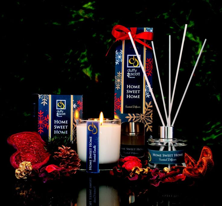 Christmas packaging for candle and diffuser printed by esmark finch for Duffy & Scott Candlemakers.