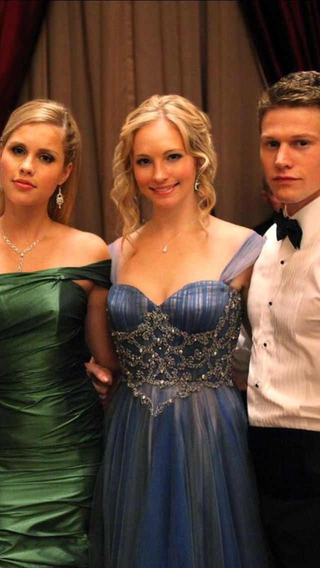 Caroline Forbes hair -The Vampire Diaries- Candice Accola ...