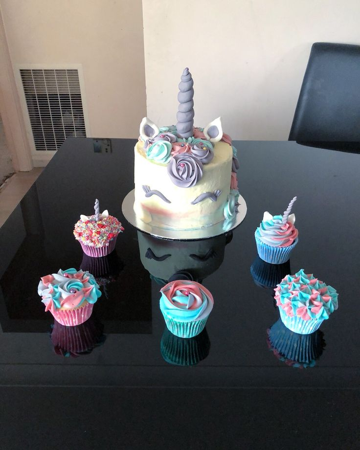 Unicorns! I made these for a first birthday party