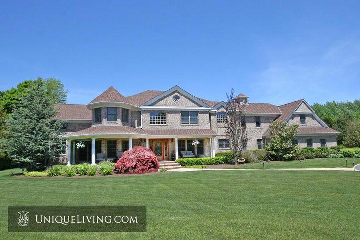 6 Bedroom Villa | The Hamptons, New York, United States - €2,074,302