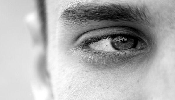 Artigo de Fatima de Kwant,jornalista, brasileira, mãe de um jovem adultocom autismo, que reside com sua família na Holanda. Idealizadora do Projeto AutimatesAutistas são crianças durante dezoito anos, mas serão adultos durante toda a vida. A sociedade, através de seus órgãos responsáveis, tem o dever de tirá-los da invisibilidade.