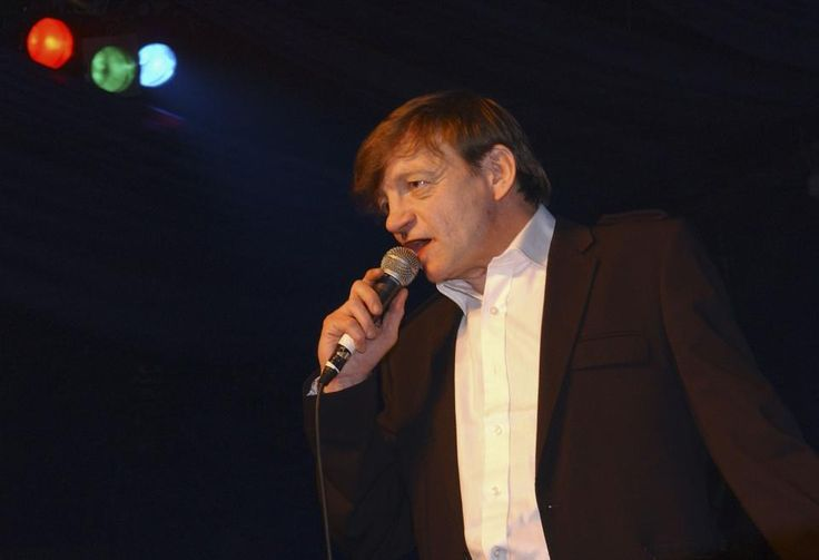29 TRULY EXCELLENT AND TYPICALLY WEIRD STORIES ABOUT MARK E. SMITH