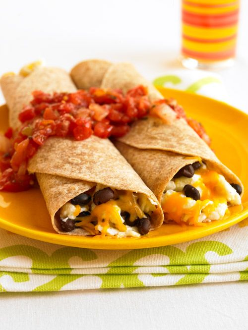 Thanks to @Women's Health Magazine for this breakfast #burrito that clocks in under 300 calories (and it looks DELICIOUS!)