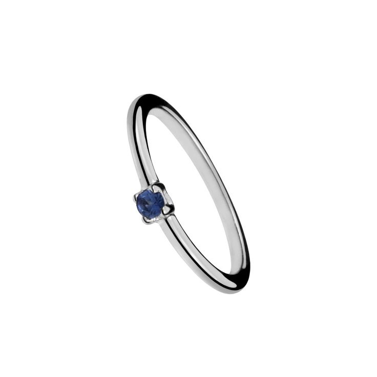 Four claws solitaire ring with color stone in sterling silver