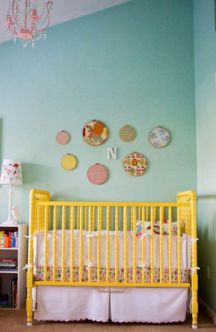 Deze low-budget opbergtips kinderkamer houden de kamer van je kind leuk, opgeruimd, netjes en toch speels!