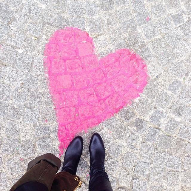Paris / via jchongstudio on instagram