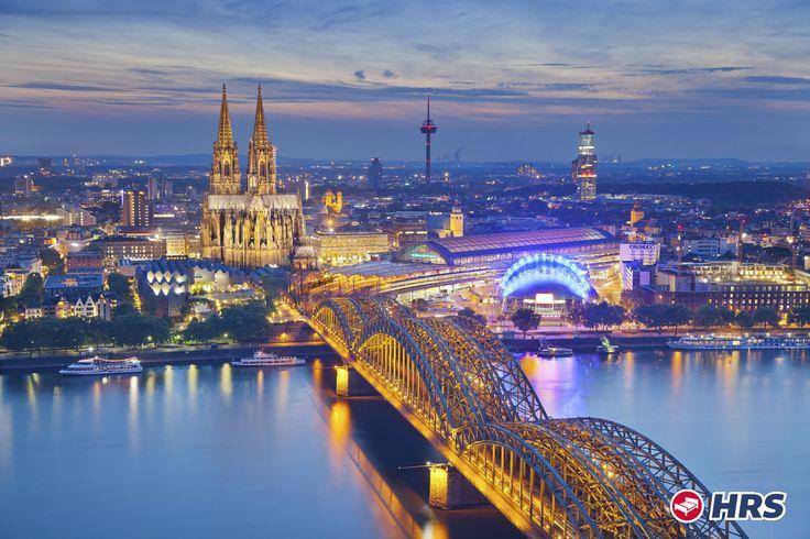Wer noch spontan den #Rosenmontagszug  in #Köln  erleben möchte :) der kann unseren aktuellen #hrsdeal  buchen und im 4-Sterne #Hotel Stadtpalais für nur 64€ das Doppelzimmer inklusive Frühstück übernachten.