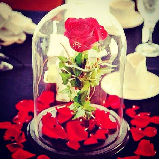 CENTERPIECES- cute for a fairytale wedding