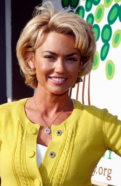"Like the hair style.... Kelly Carlson Photo - Barenaked Ladies Perform ""Snacktime"""