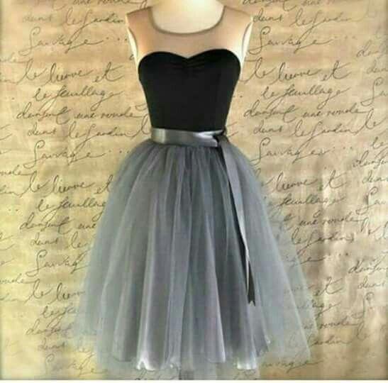 Vestido negro con gris