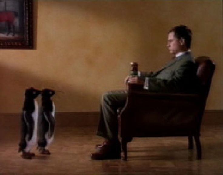 """Read more: https://www.luerzersarchive.com/en/classic-spot-of-the-week/2007-7.html Penguins In this commercial introducing John Smith's Bitter cans """"with a widget,"""" comedian Jack Dee scoffs at the """"gimmicks"""" performed by a couple of eager-to-please penguins (courtesy of the late great John Webster). Tags: John Webster,Jack Dee,Fletcher Sanderson & Open Mike Productions, London,Mandie Fletcher,John Smith's Bitter,DDB, London"""