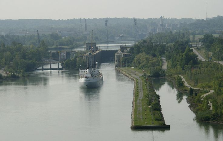 Welland Canal, St. Catharines, Ontario.jpg