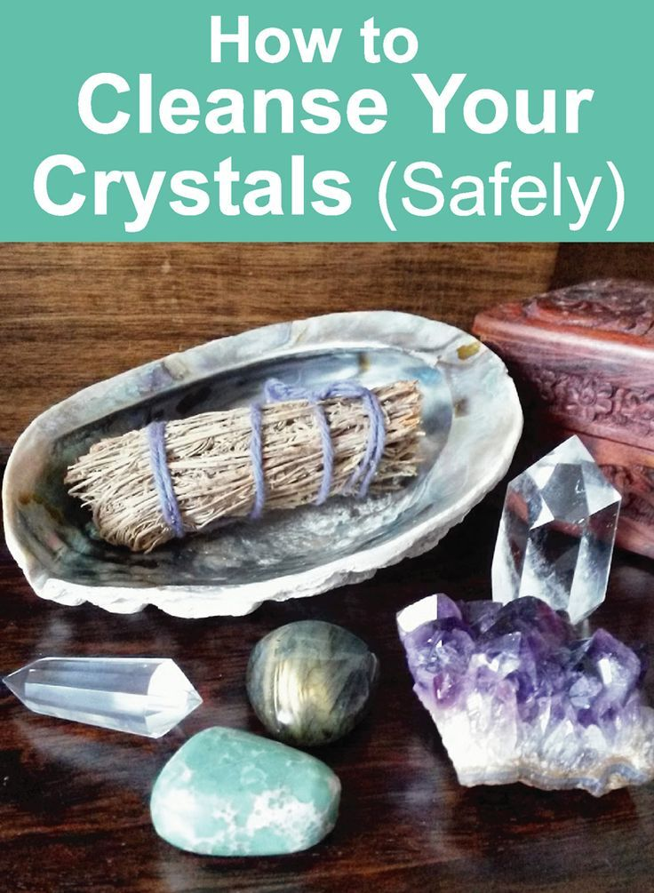 Crystal Guide: How to Cleanse Crystals Safely. Five methods that don't use water or salt! Click image to read the blog post. Crystal Tips and Crystal Healing Guide #crystalhealing #crystals