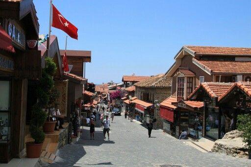 Main street, Side.