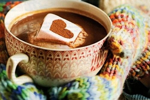 hot: White Daisies, Cups, Cold Day, Homemade Marshmallows, Valentines Day, Hot Drinks, Hot Chocolates, Hot Coco, Cold Weather