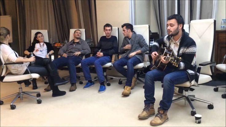 bloggers singing carols
