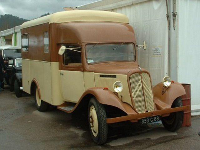 les 35 meilleures images du tableau my citroen bus rosalie 1940 sur pinterest bus voitures. Black Bedroom Furniture Sets. Home Design Ideas
