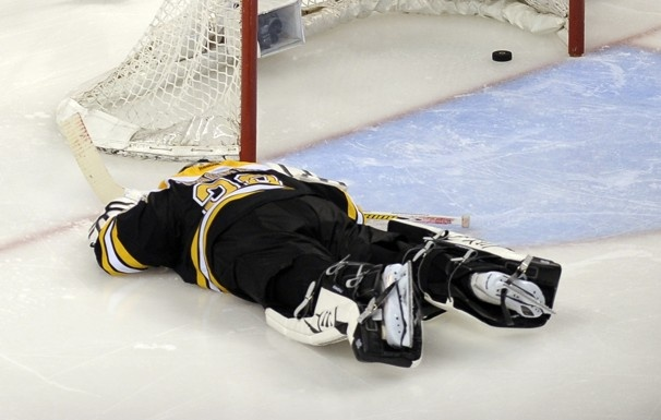 Good news, Tim Thomas. You are NOT invited to the White House.