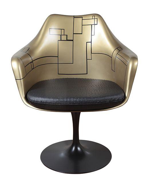 Tulip Armchair Saarinen http://www.schiepan.com