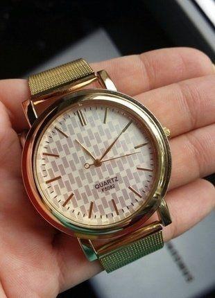 Kup mój przedmiot na #vintedpl http://www.vinted.pl/akcesoria/bizuteria/16061120-zegarek-zloty-nowy-z-metkami-idealny-na-gwiazdkowy-gwiazdka-sylwester