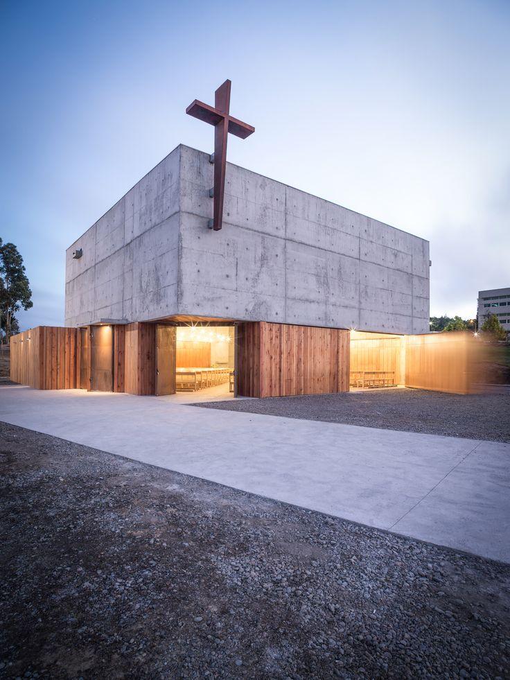 Gallery - San Alberto Magno Chapel / Juan Pavez Aguilar + José Requesens Aldea - 14