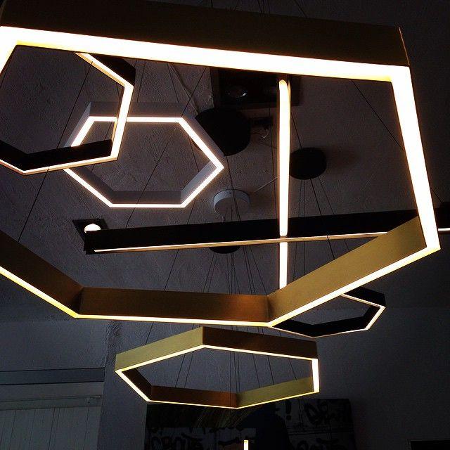 #HEX by @resident_nz #latergram @KlausNienkamper #Toronto #lighting #LED…