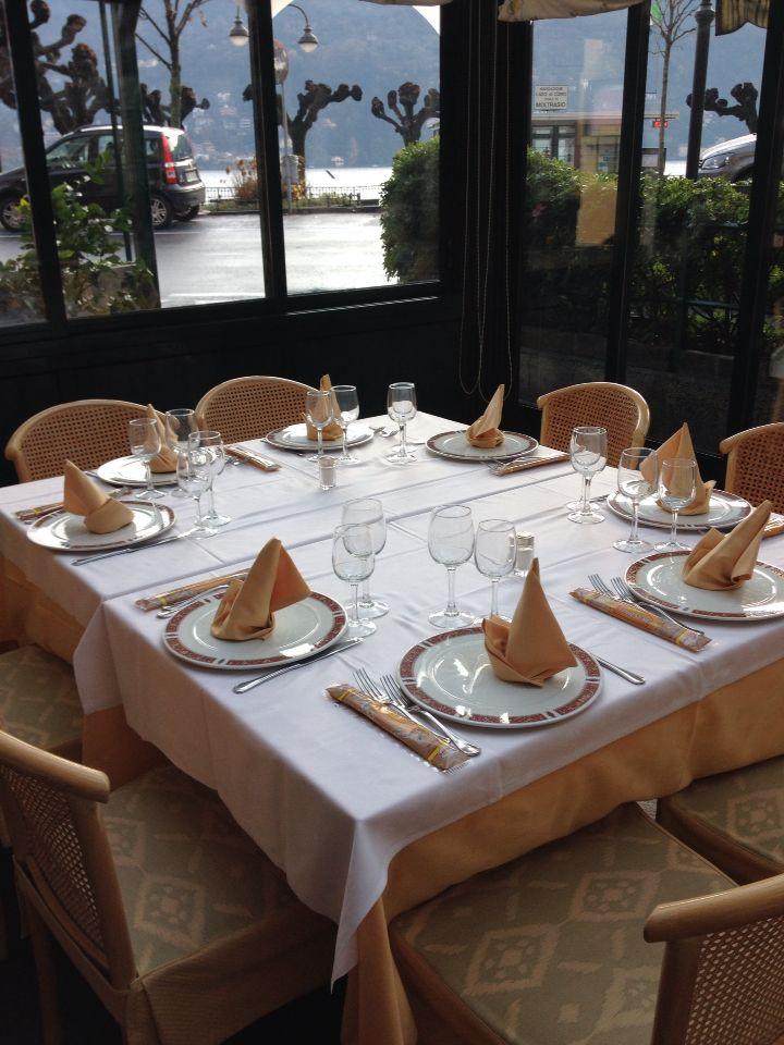 Aspettando i food blogger al ristorante La Veranda per il #foodbloggerlakecomo #laverandamoltrasio www.hotel-posta.it