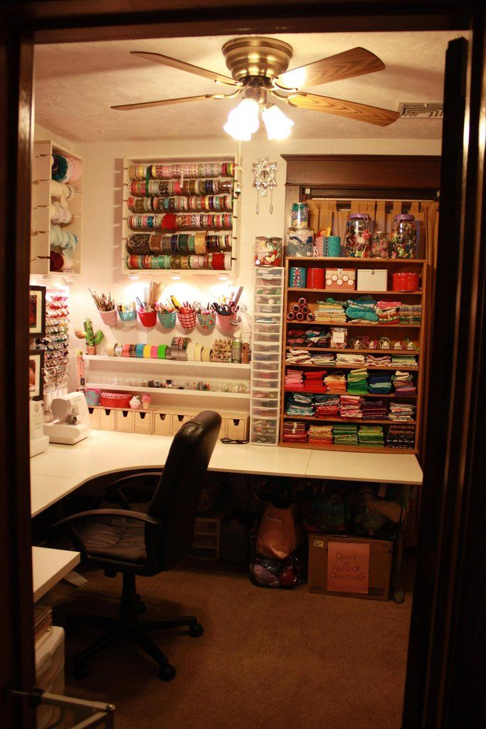 Oh, how I wish for my own craft room! @Seth Brandhagen