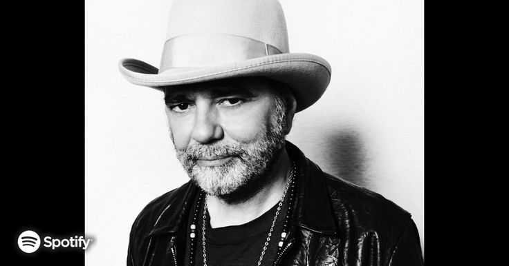 Daniel Lanois : News Bio and Official Links of #daniellanois for Streaming or Download Music