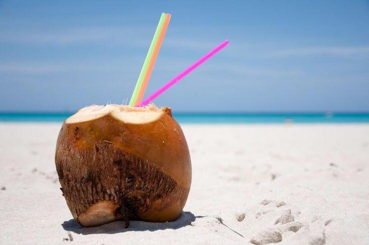 SOUND: http://www.ruspeach.com/en/news/13195/     Кокосовая вода - это сок молодых плодов кокосовой пальмы. По мере созревания кокоса, кокосовая вода густеет и превращается в кокосовое молоко. Затем это молоко затвердевает. Кокосовая вода, добытая из плода без трещин — стерильна. Она может быть использована в медицинских целях вместо физиологического раствора. Кокосовую воду нужно пить сразу после вскрытия кокоса, поскольку под влиянием света она быстро портится. Кокосовая во