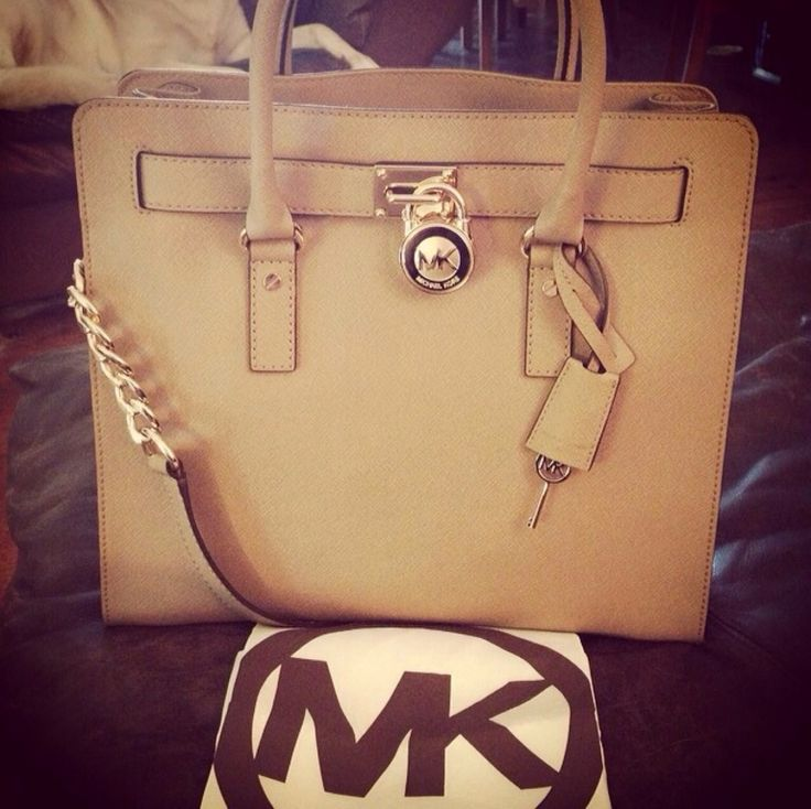 Do you have a #Michael #Kors #Bag? wanna to get all Michael Kors Bags with different styles, lol