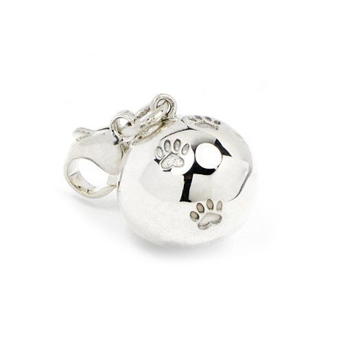 Lovely handmade silver charm in form of a ball with 4 heart shaped paw prints on it, with a carbiner. Fits perfectly alone or along with other charms on our heart bracelet that you can find in the shop as well. See the example picture! Size: diameter ~14 mm  Part of the income goes directly to selected shelters for homeless cats.
