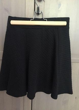 Kup mój przedmiot na #vintedpl http://www.vinted.pl/damska-odziez/spodnice/13554013-czarna-spodniczka-hm