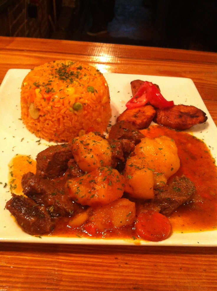 Camaradas' Wed Special: Beef stew, maduros & rice w/veggies