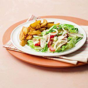 Recept - Salade met gerookte kip en aardappelpartjes - Allerhande