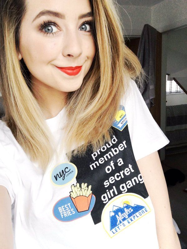 Zoella) Hi there! I'm Zoella, but you can call me Zoe! I'm an English fashion and beauty vlogger, Youtuber, and author!! My personality is considered friendly, funny, silly, and even a bit crazy at times, I tend to be a goofball! I love encouraging people to be themselves and I really like making new friends sooo... intro?