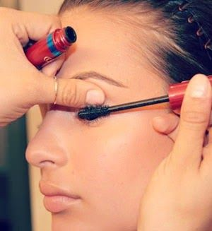 Makeup Hacks Every Girl NEEDS To Know! These tips and tricks are all about finding new and better uses for products you already have! Seriously, most of these hacks are life-changing-ly good. Must pin!