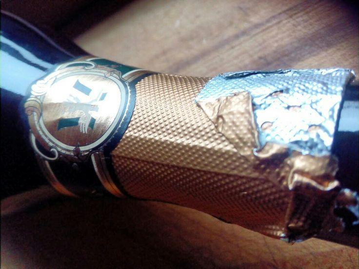 Een Spumante is een mousserende wijn uit Italië. Ditmaal van Montresor, een wijnmaker die weet wat hij doet...  Heerlijk mousserend uit Italië op http://www.wijngekken.nl/?p=39851  #montresor #Wijnpakkettenonline #spumante #pinotnoir