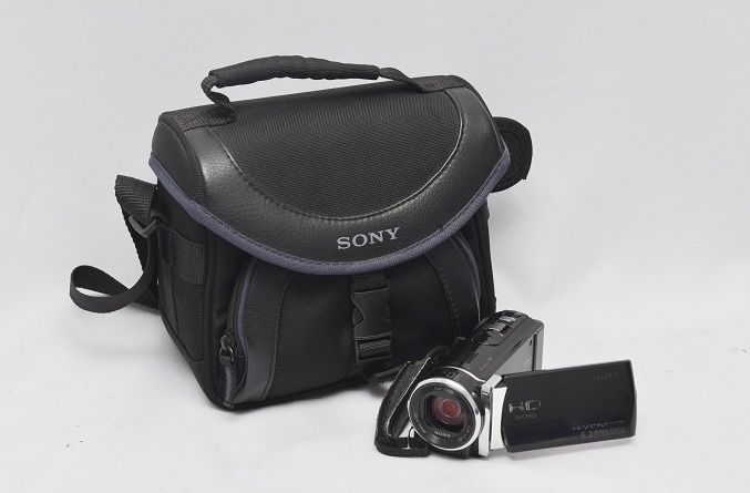 Jual Handycam Second – Sony HDR-CX210E: Handycam Second - Sony HDR-CX210E Harga: Rp. 1.350.000,- (Ready Stok)
