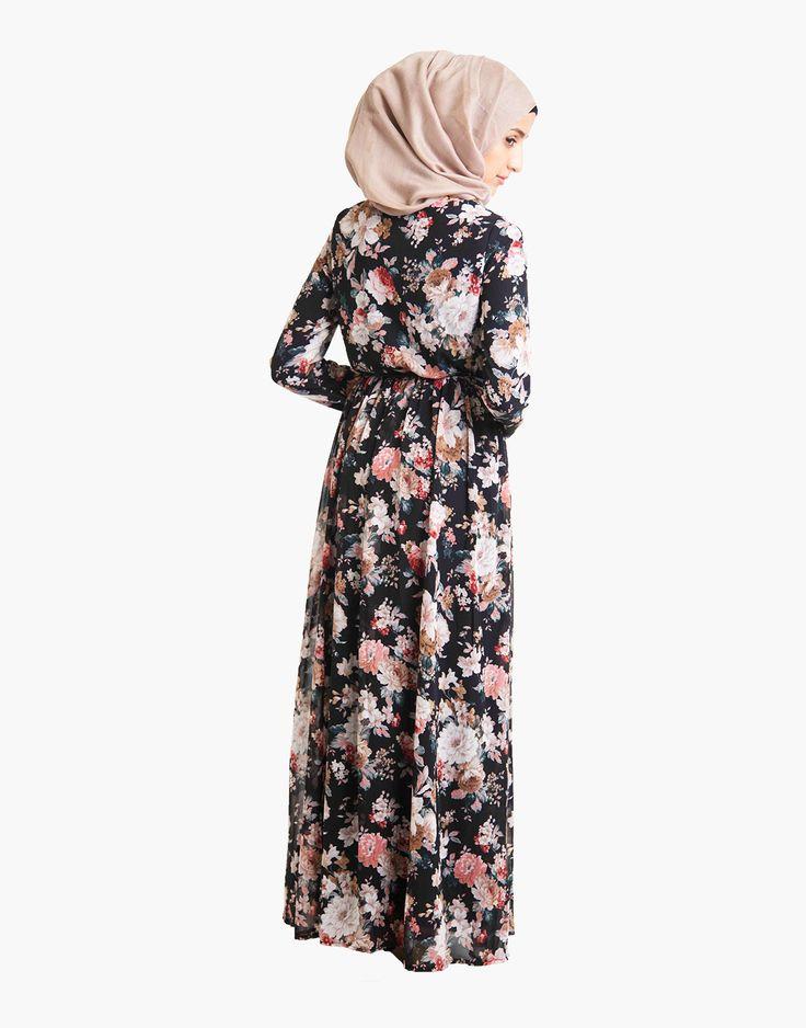 http://www.islamicdesignhouse.com/gb/women/abayas-jilbabs/silk-route-collection/versastyle/dark-rose/