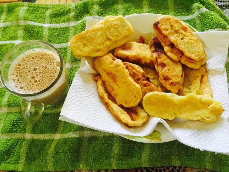 Pazham Pori (Banana Fritters)