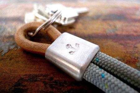 877 — Schlüsselanhänger Anker aus Tampen in 3 verschiedenen Farben